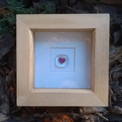 4eva Mini \'Heart\' box frame   Gekoglass   YO11   Gekoglass