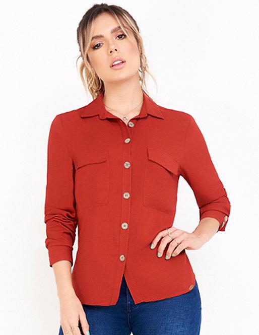 Camisa con bolsillos tipo cargo