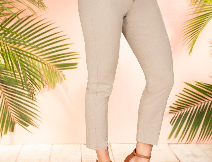 Pantalón Skinny con Cierre Decorativo en Frente