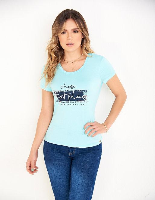 Camiseta con estampado localizado