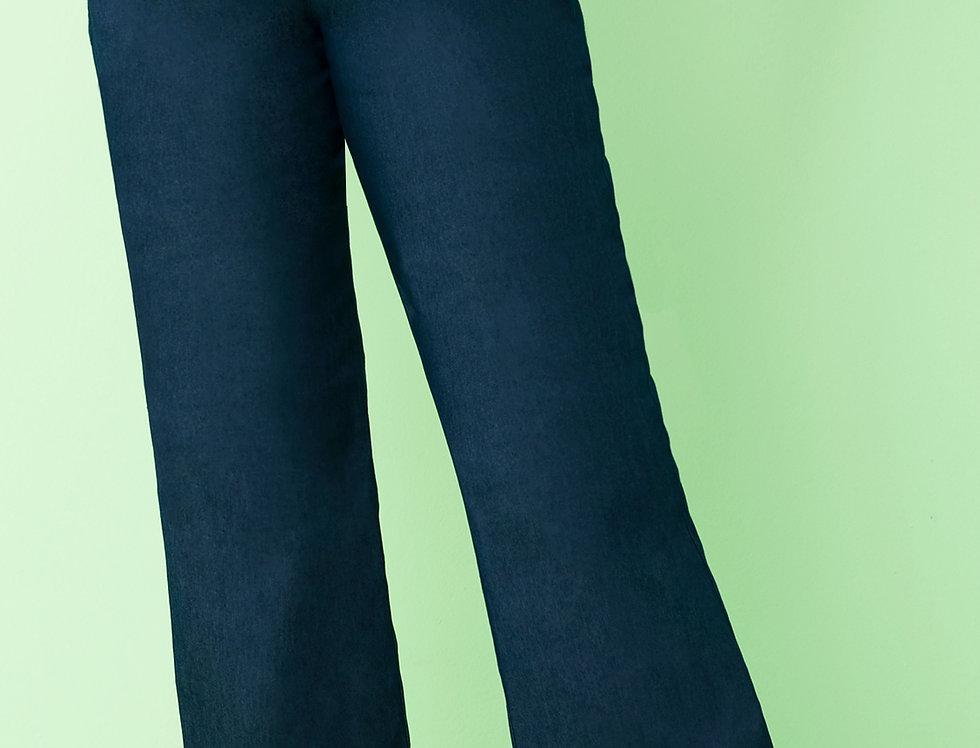 "Jean en bota ""Wide Leg"" básico"