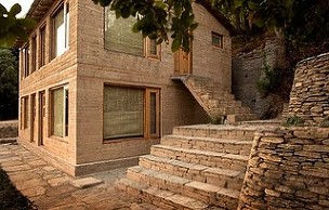 Oak Chalet: Himalayan stone, wood and traditional craft.