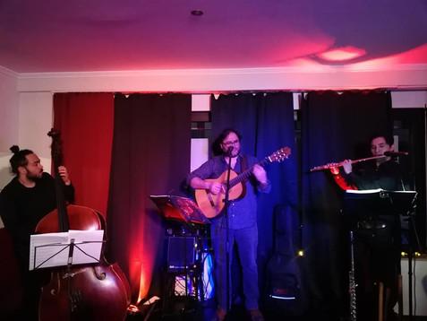 Rodrigo Santa Maria Trio im Café de Paris Saarbrücken