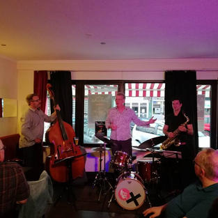 Oliver Strauch Trio