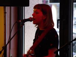 Manon Tanguy im Café de Paris Saarbrücken
