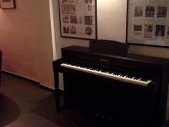 Piano im Café de Paris Saarbrücken