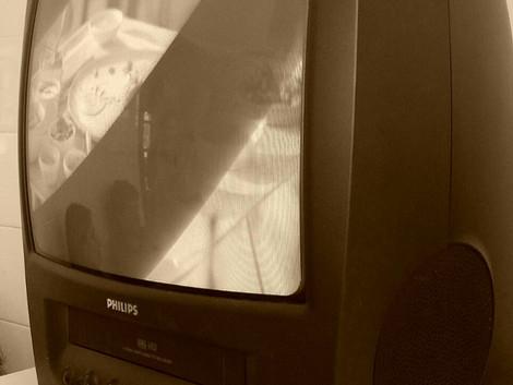 #COLUNAS/FICHA TÉCNICA: A TV Canguru de 14 polegadas
