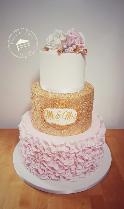 Mr and Mrs Wedding Cake