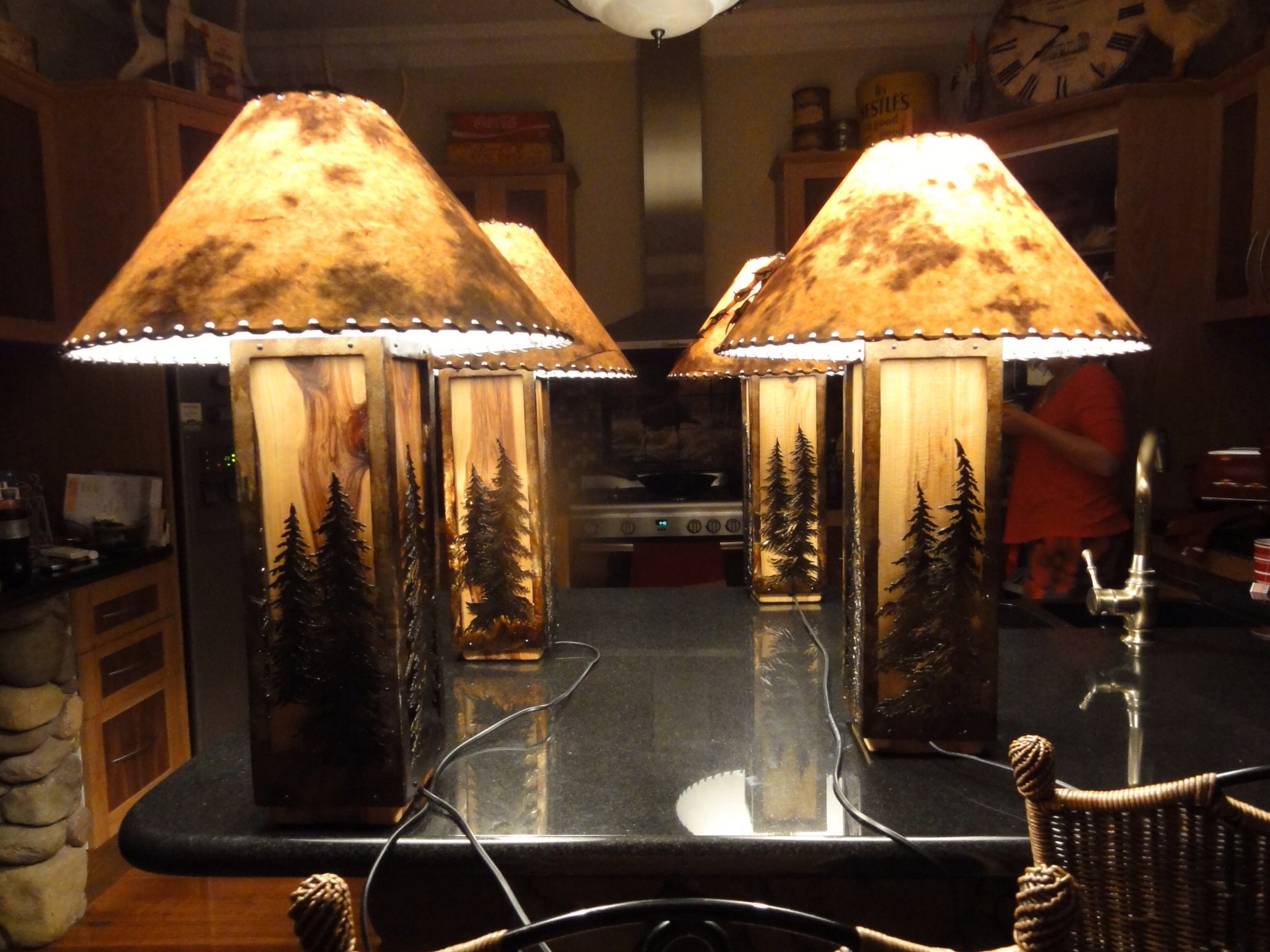 ASSORTED TREE LAMPS