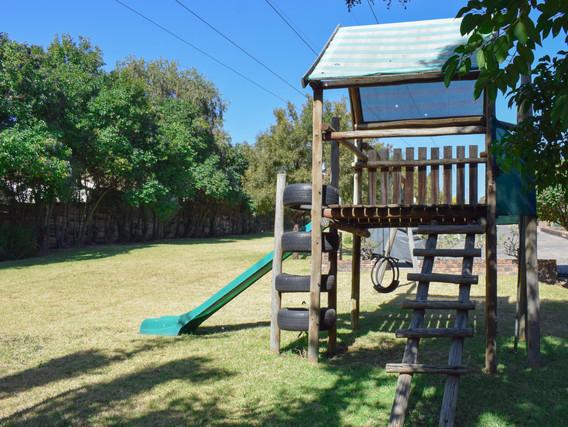 Forest View Garden2.jpg