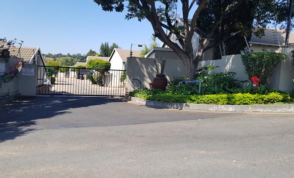 Riverlane Gate