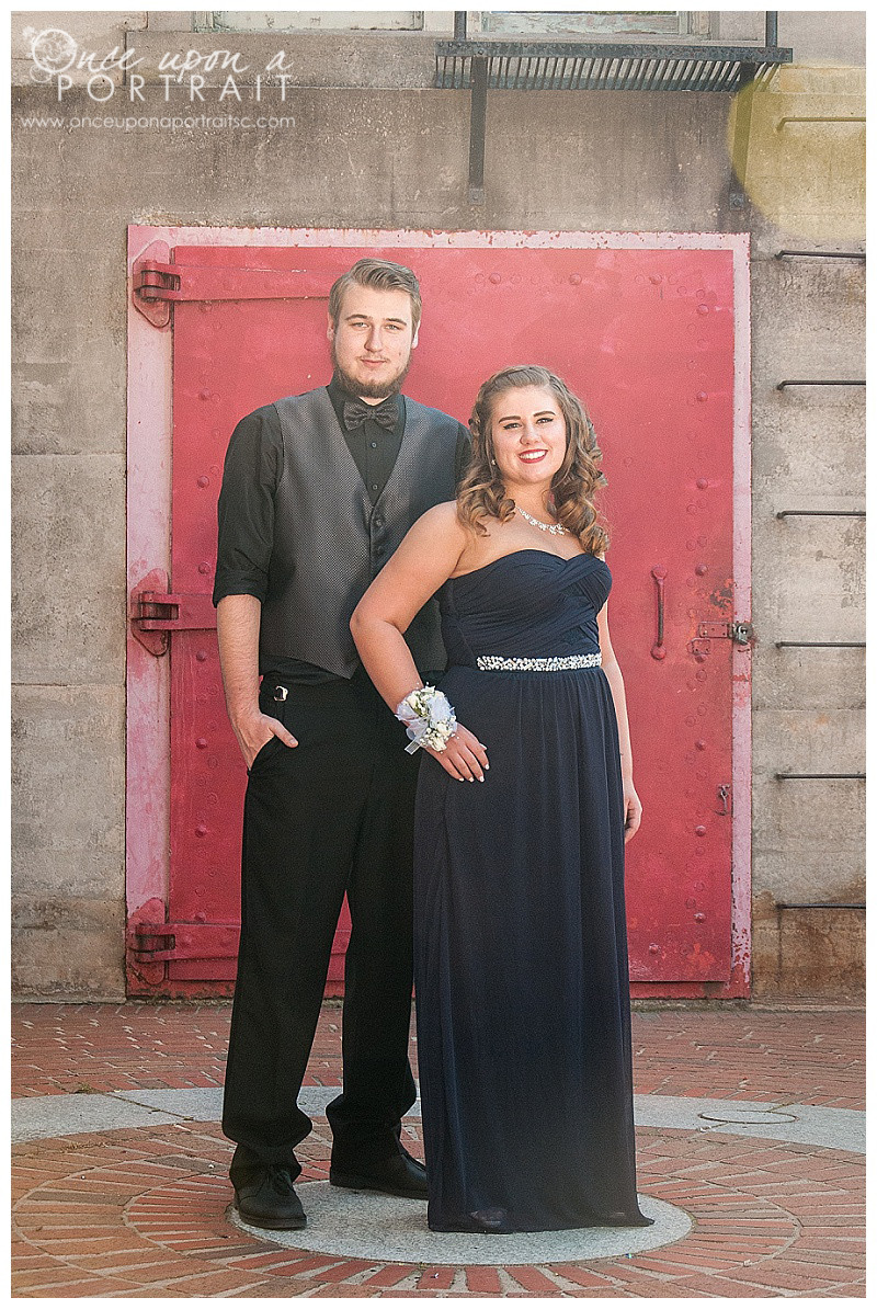 West Columbia Riverwalk prom session portrait photographer