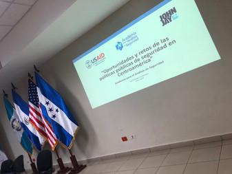 La Academia para el Análisis de Seguridad realiza foro sobre seguridad y políticas públicas