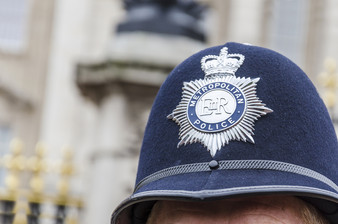 Influencing Trust And Confidence In The London Metropolitan Police: Results From An Experiment Testi
