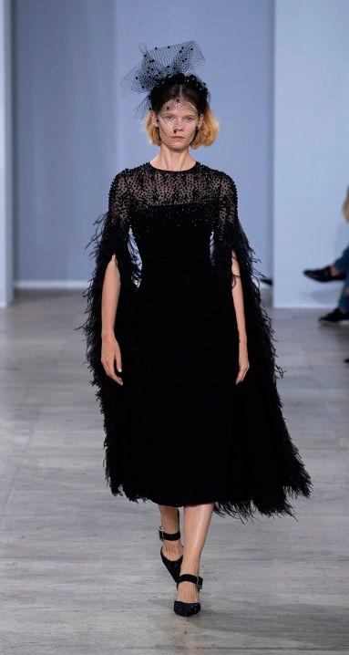 black_ostrich_fringe