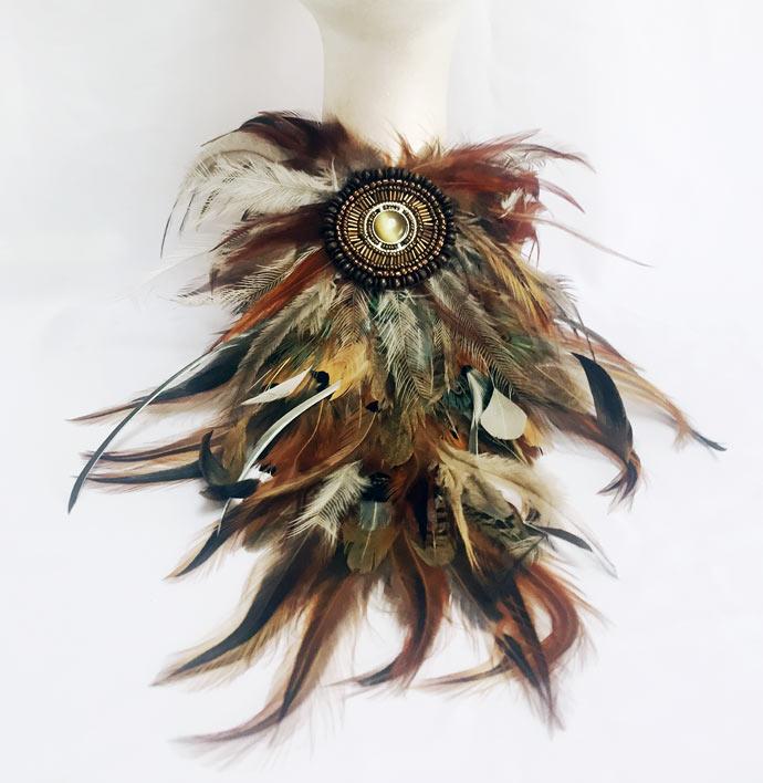 feathers_safari_necklace