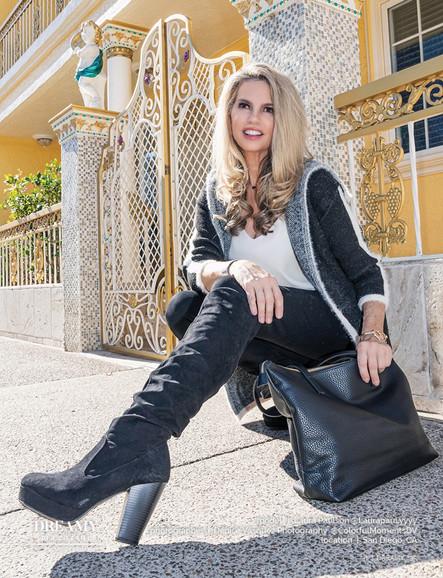 Laura Paulson, Model