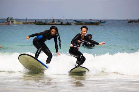 Beginner Surf in Selong Belanak Beach Lombok