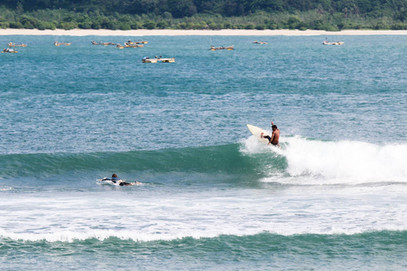 The perfect right hander in wet season