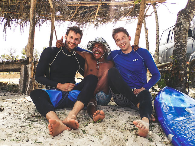 Surf guides in Lombok with Kura Kura Sur