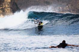 Kayak surf in Ekas Inside
