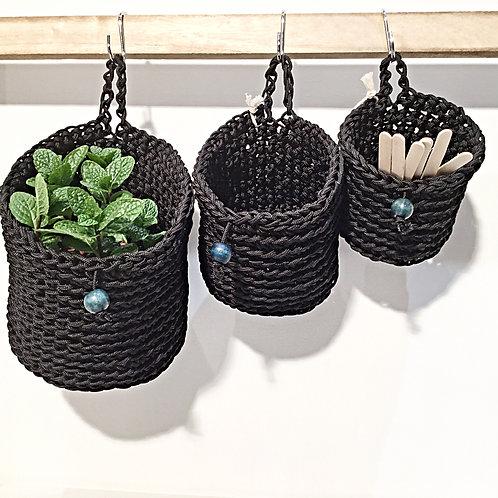 Round Black Hanging Baskets