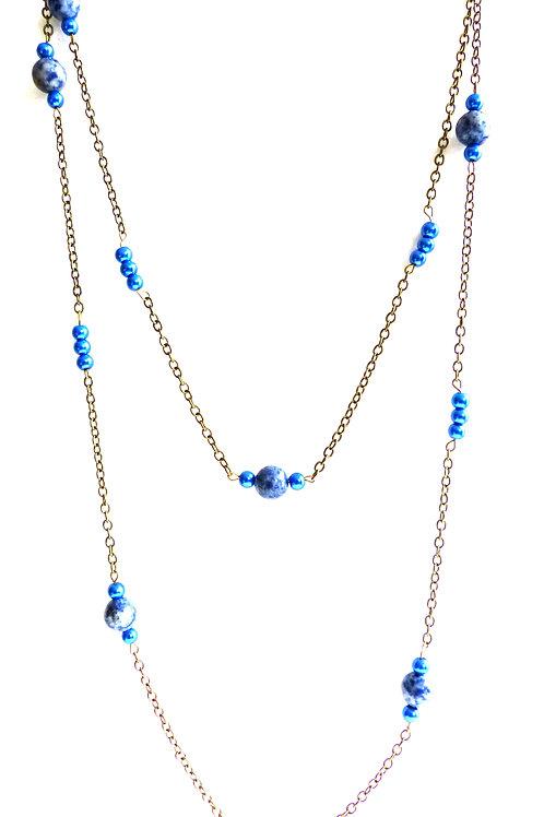 Bijou, Sautoir Câline, chaîne en laiton, calcédoine, perle nacrée, bleu, Boutique Le Droit à la Belle Vie, Paris
