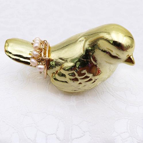 Bijou bague dorée à l'or fin, jaspe dalmatien, noir et blanc, moderne, Boutique Le Droit à la Belle Vie, Paris