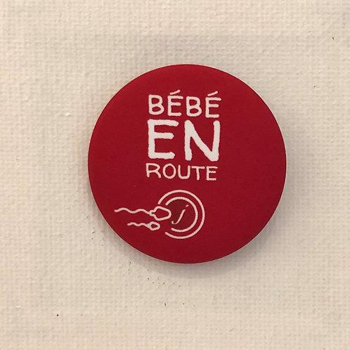 Les Janin's, Badge, Bébé en route, rouge, Boutique Les créateurs de saison, Paris