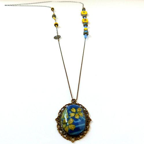 Bijou, Sautoir Ispahan, chaîne en laiton, perle en verre, pendentif tissu japonais, Boutique Le Droit à la Belle Vie, Paris