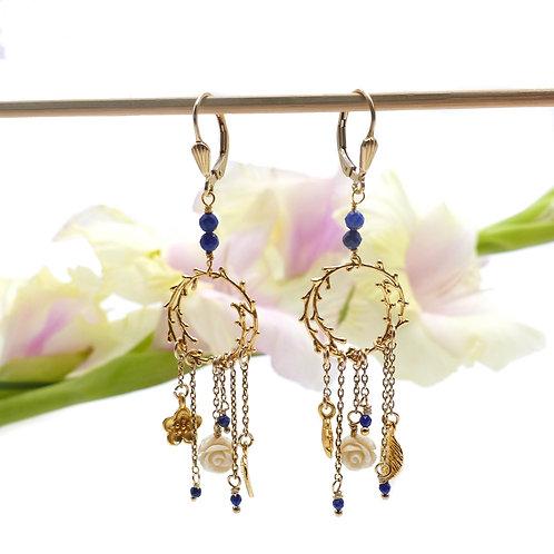 Bijou, Boucles d'oreilles, Plaqué or, lapis-lazuli, bleu, romantique, fleur, soirée, Boutique Le Droit à la Belle Vie, Paris