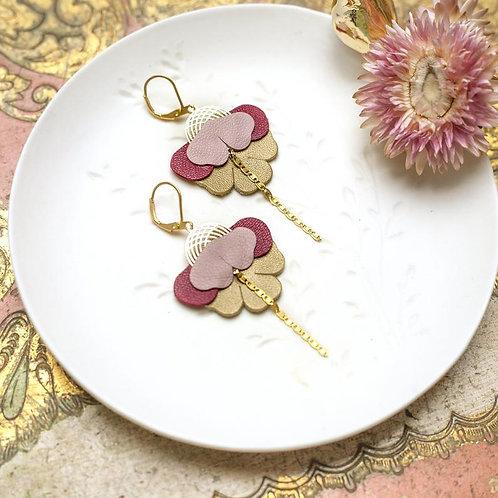 Boucles d'oreilles, doré à l'or fin, fleur orchidée,cuir, rose, rouge,Chenoha Studio, Boutique Les créateurs de saison, Paris