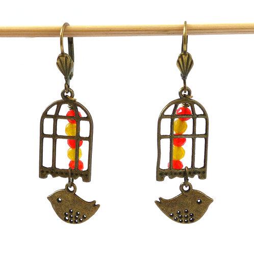 Boucles d'oreilles Vol d'oiseau : agate colorée, oiseau en laiton