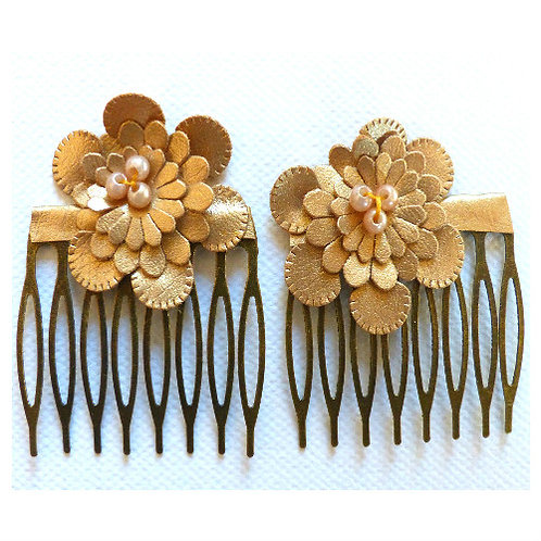 Hair clip /Combs of hair sold by 2, Small flower