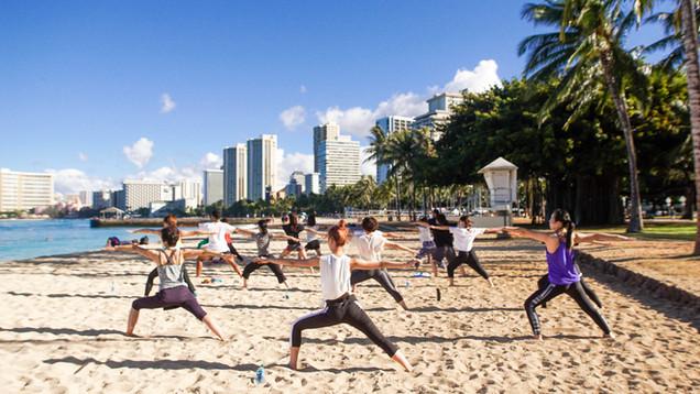 Beach yoga_026.jpg