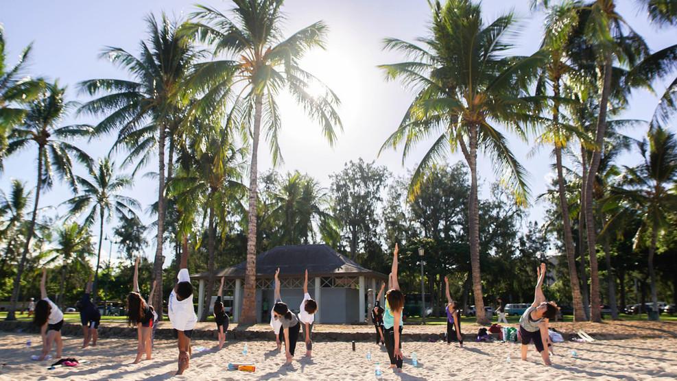 Beach yoga_021.JPG