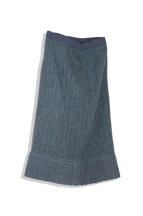 wool and knit skirt