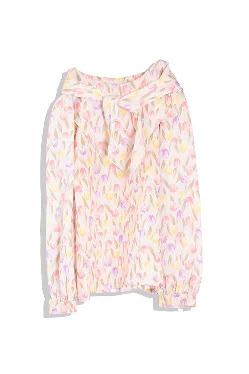 tulip pattern blouse