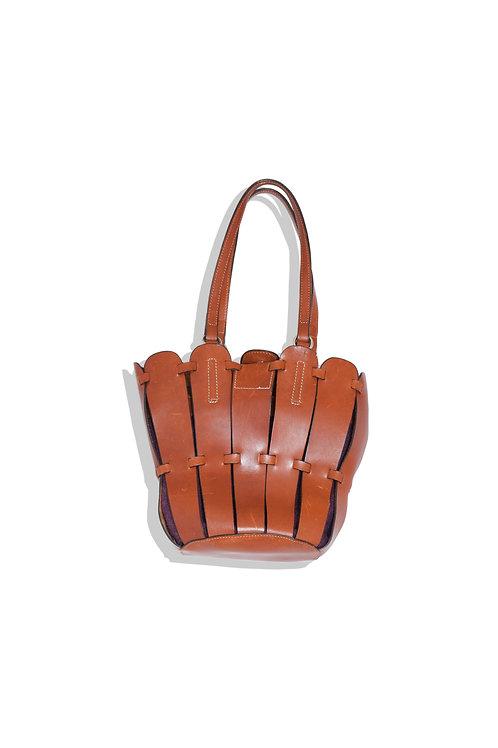 shell shaped leather bag