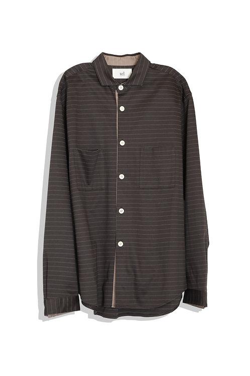 well; Horizontal collar shirt (charcoal)