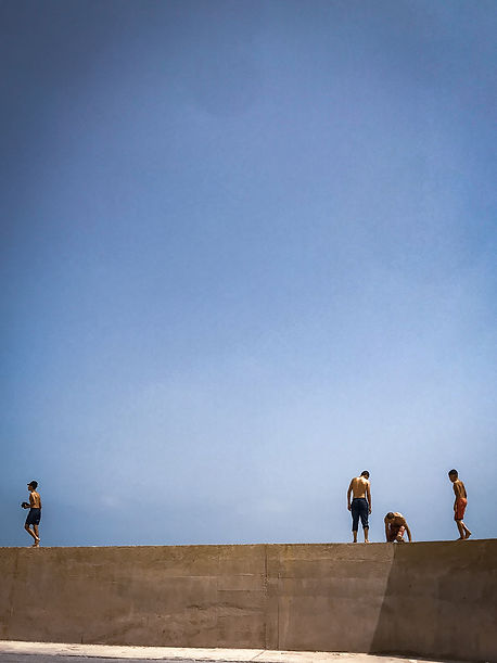 Sidi Fredj swimmers Lisbon street view © Sabri Benalycherif