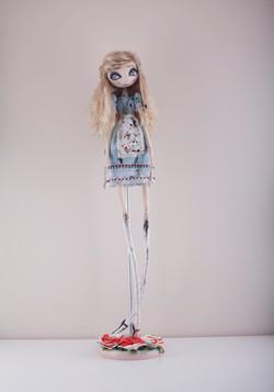 Алиса из Кроличьей норы (продана)