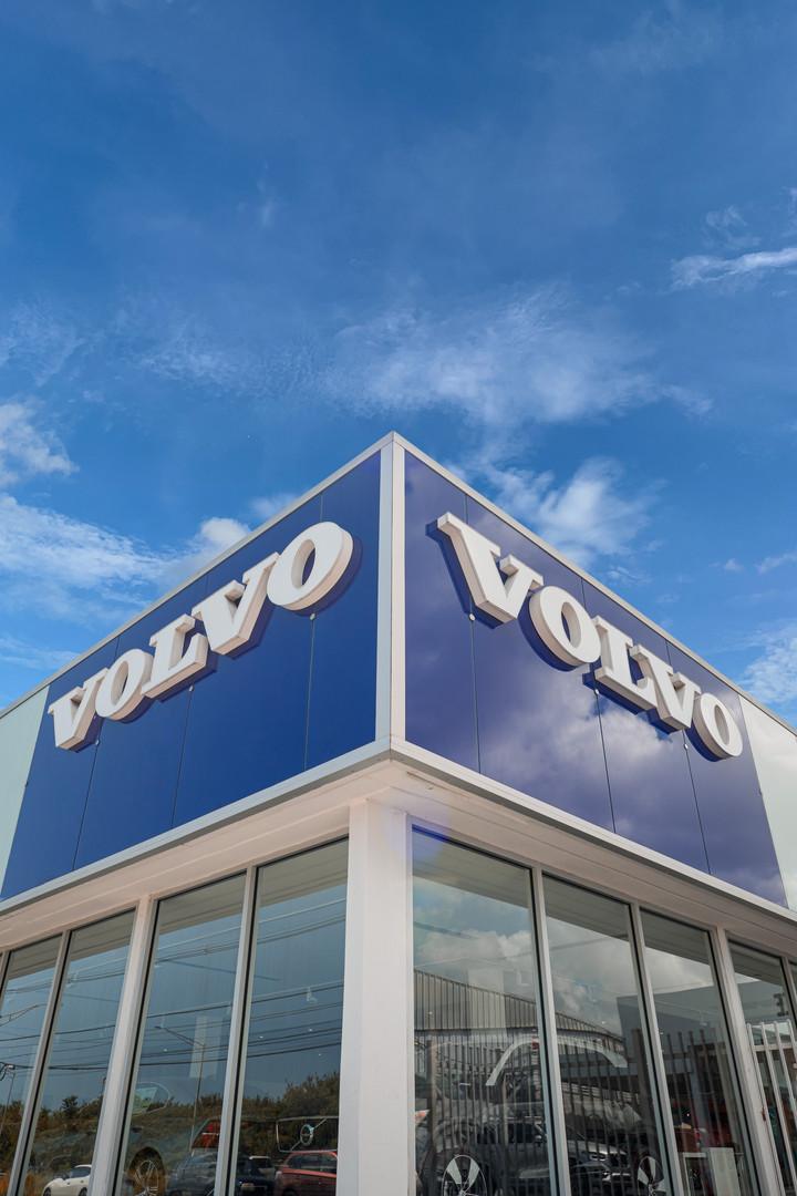 Volvo pic.jpg
