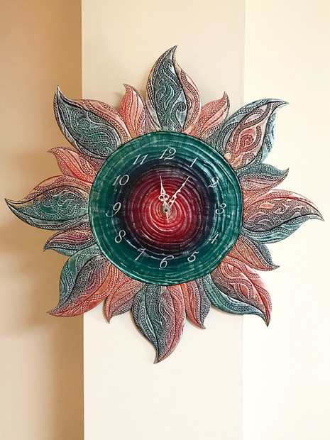 Multicoloured Sun Clock