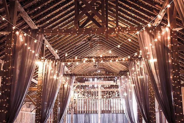 Productions Master D, services de décoration et montage de salle pour mariages, bals et soirées corporatives