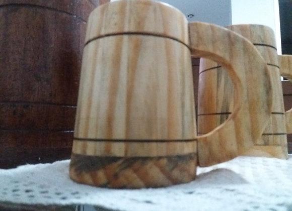 Caneca em madeira de cedro impermealizada para cerveja