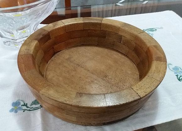 fruteira de mesa em madeira fragmentado