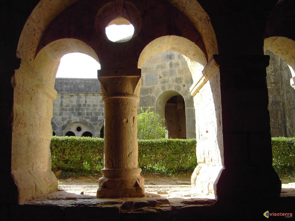Abbaye du Thoronet Cloitre