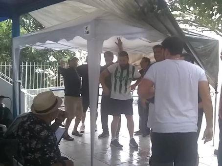 Show da Banda Kizumba & Lara Nunes no Bar da piscina