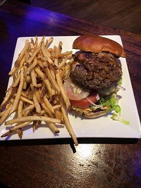 Stuffed Cheeseburger(8 oz)